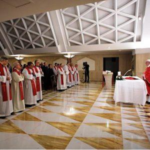 Papa alerta para consequências de «vida dupla» de católicos