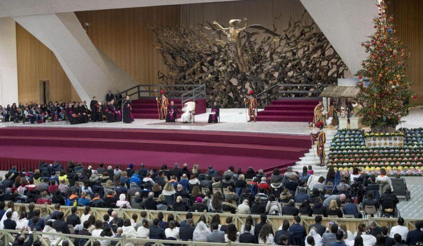 Papa volta a falar dos rohingya na Audiência Geral