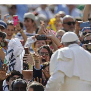 Papa recorda início da II Guerra Mundial e convida a rezar pela paz