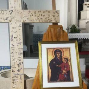 SAY YES   Cruz e Ícone de Nossa Senhora
